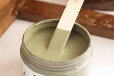 pintura chalk paint para restaurar un mueble