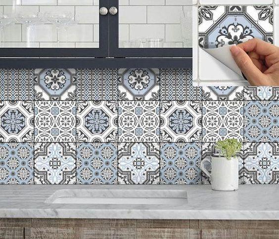 azulejo adhesivo hidráulico. Trucos e ideas para renovar la cocina