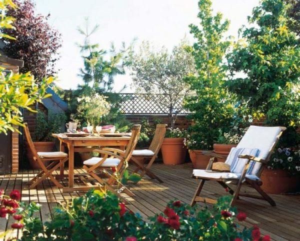 Decora con plantas la terraza