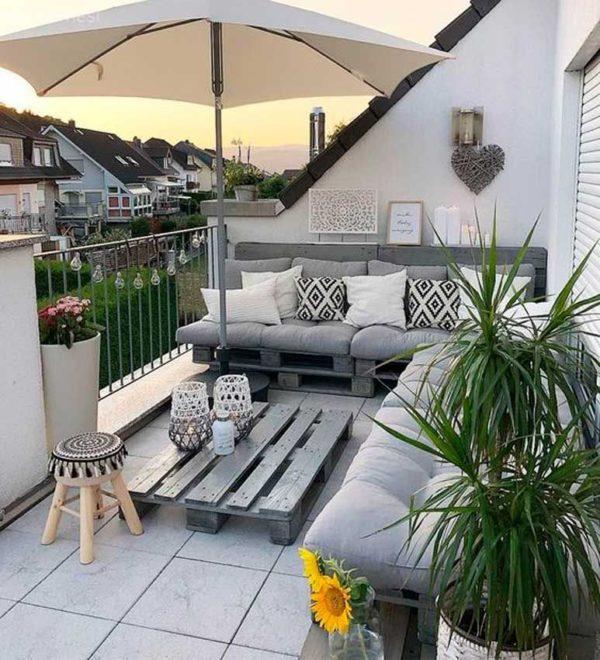 mobiliario de exterior con palets