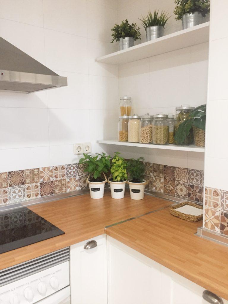 Baldas para la cocina. Reforma low cost