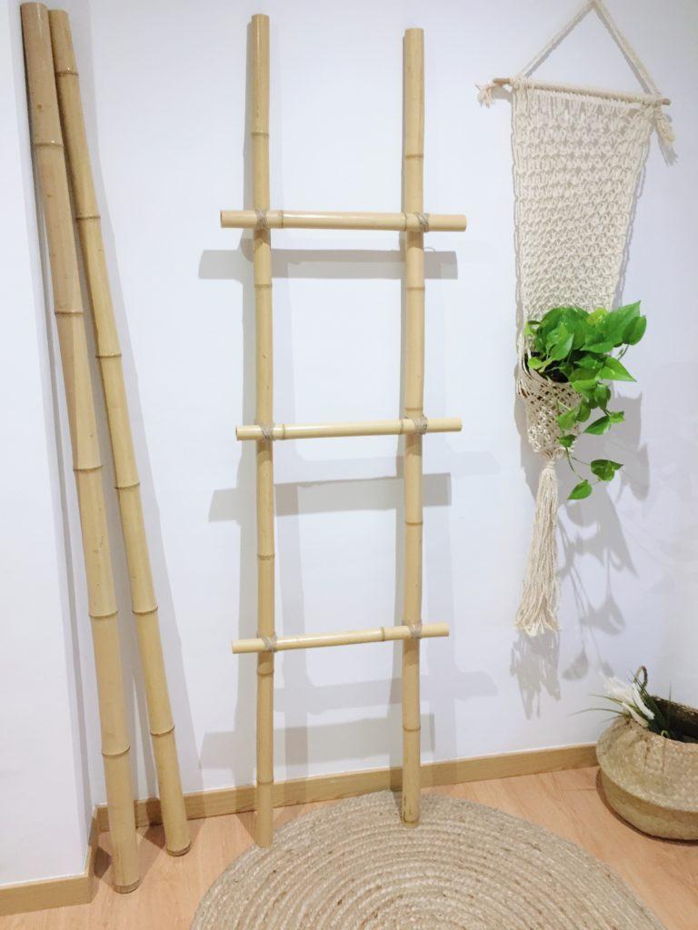 Escaleras decorativas de cañas de bambú