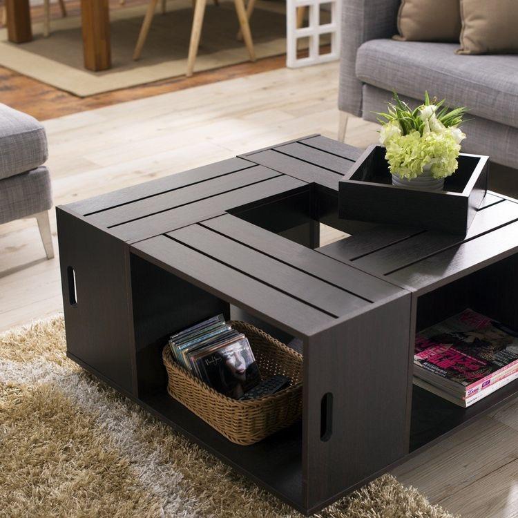 mesas auxiliares hechas con cajas de madera, prácticas y económicas
