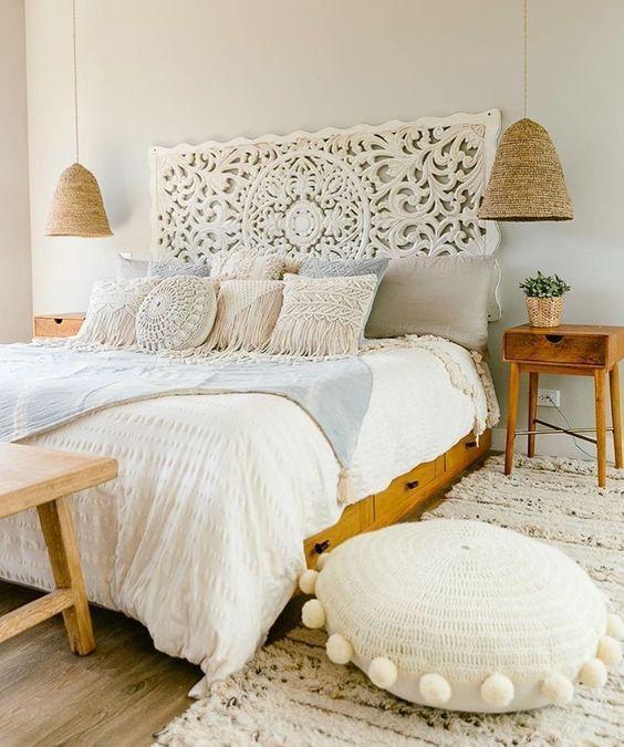 Cabecero de cama en madera tallada de estilo hindú, para decorar el dormitorio