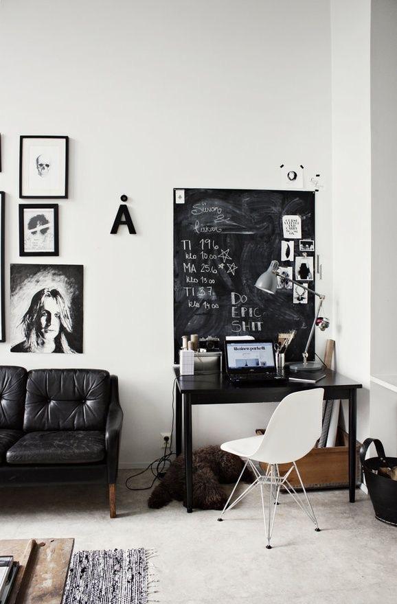 Mini oficinas en blanco y negro