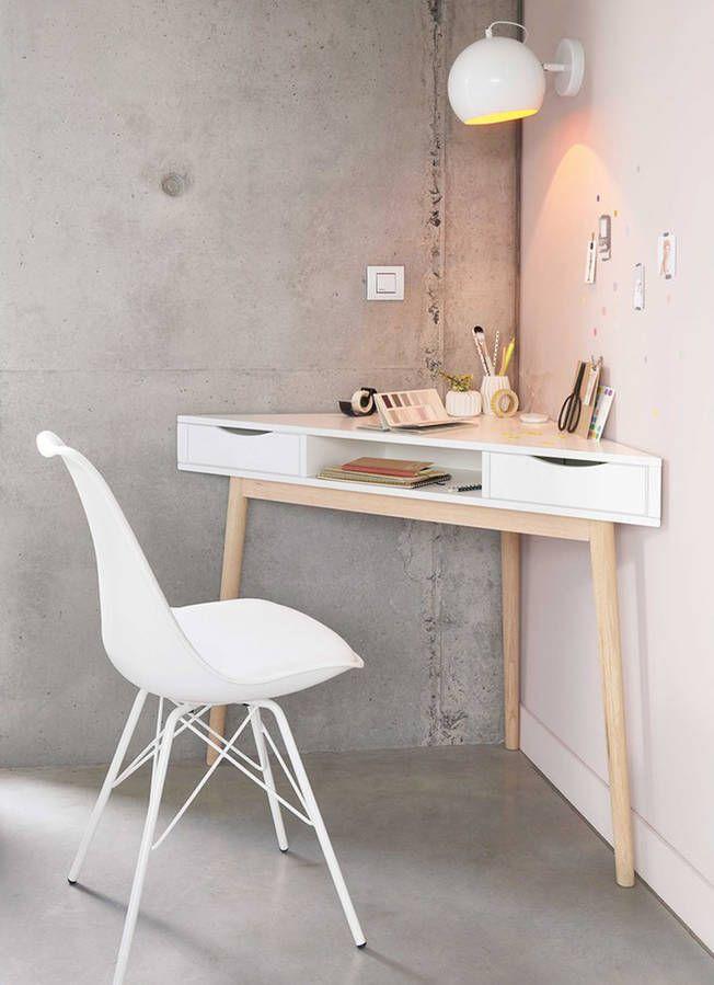 Mesas esquineras para aprovechar el espacio y montar tu oficina en casa