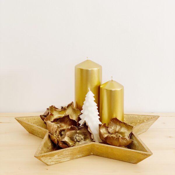 centro de mesa navideño con forma de estrella en dorado