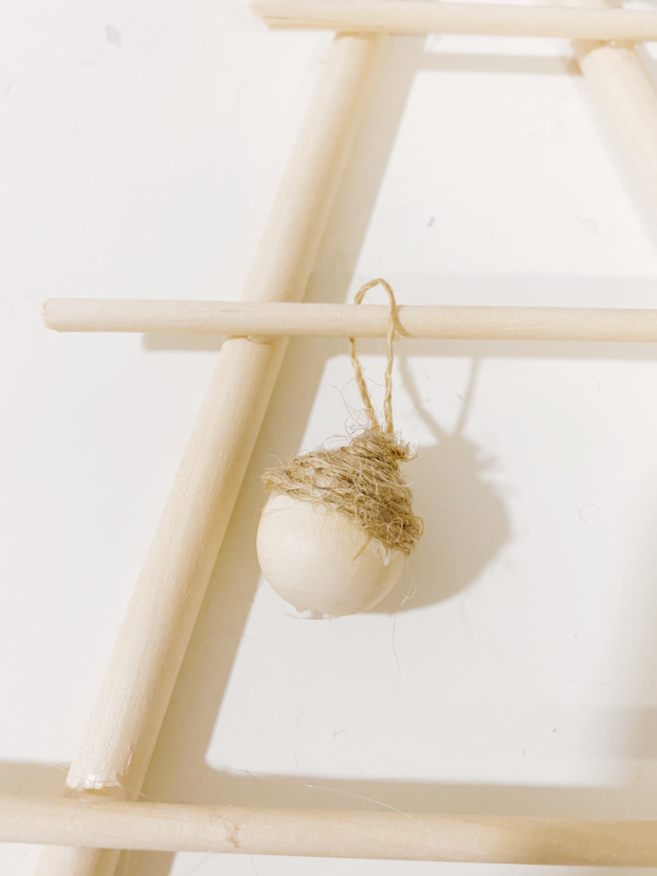 mini bolas de navidad de madera