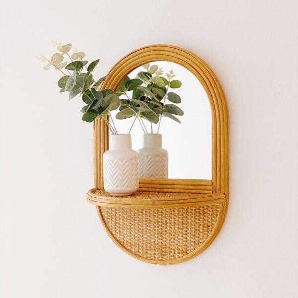 espejo decorativo con balda