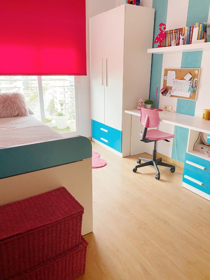 dormitorio infantil niña turquesa y fucsia