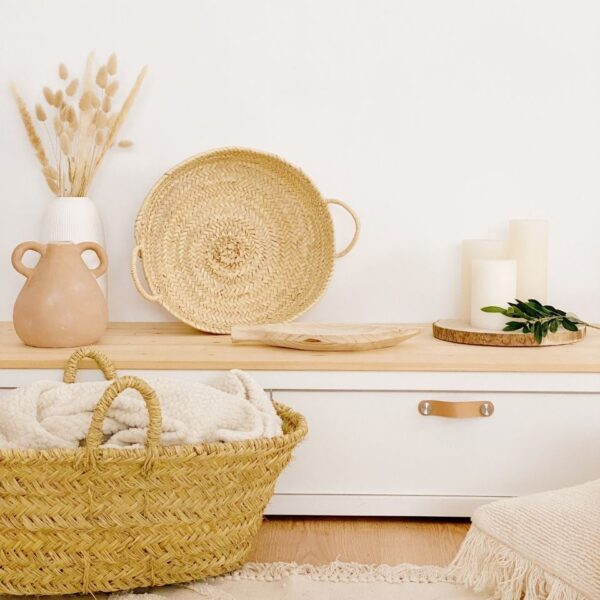 cestas de palma para decoración de interiores