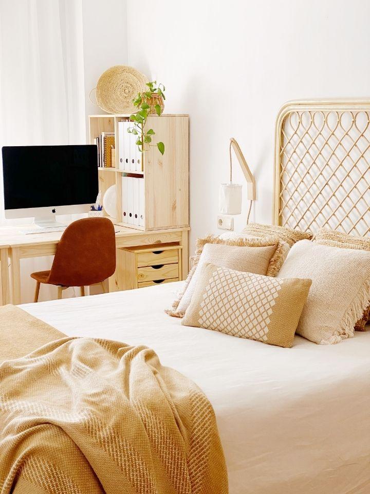 Mi dormitorio y zona de trabajo. Renovamos y ampliamos.