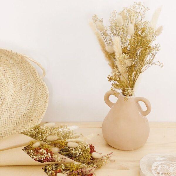 Decoración. Flores secas y preservadas
